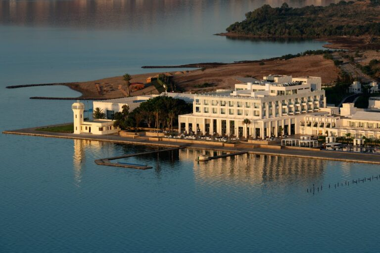 The newspaper ''L'Officiel Maroc'' is talking about the 5* Marchica Lagoon Resort we have completed in Nador!!!